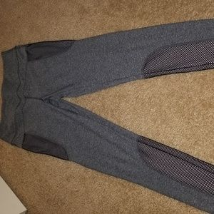 Athletic leggings/yoga pants, size medium